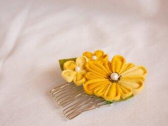 つまみ細工 菊、花コームの画像