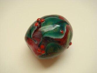 とんぼ玉・赤い実1の画像