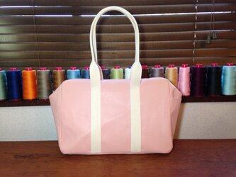 豚革 ピンク スモール パラシュートバッグ ボストンバッグの画像