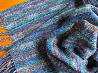 手織のストール  縹(はなだ)の画像