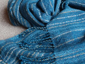 手織のブランケット 藍(あい)の画像