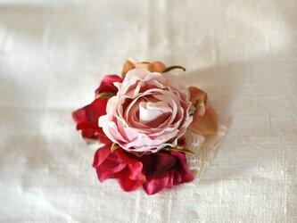 ローズのコサージュ(アート・lavender)の画像