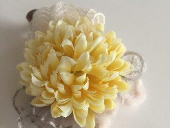 【再販】マムのコサージュ(アート・cream-yellow)の画像