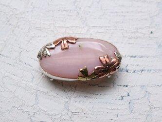 桜の帯留めの画像