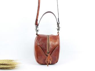 本革 かわいい2way半円形ハンドバッグ&ポシェット  の画像