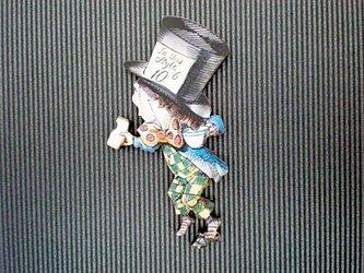 帽子屋さんブローチの画像
