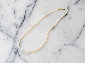 水晶連ネックレスの画像