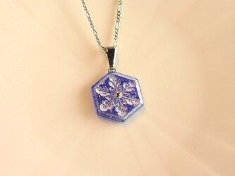 雪の結晶ネックレス③(ロイヤルブルー)の画像