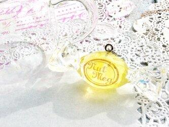 【受注生産】ロゴ入りキャンディのペンダントトップ・レモネード(トップのみ・ネックレス・キーホルダー・ストラップが選べますの画像