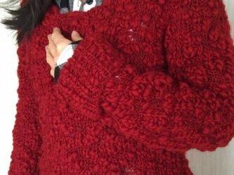 綺麗な真っ赤なスラブ糸‼️セーターの画像