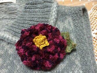 手編みブローチ♪椿の画像