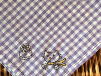 ハンカチ 猫の王子さま刺しゅう(ドーム)の画像