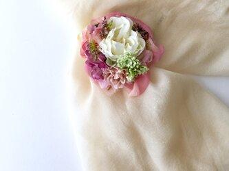 薔薇のコサージュ&ヘアーアクセサリーpinkの画像
