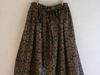紺地 ウール 小鳥模様のゴムスカート Fサイズの画像