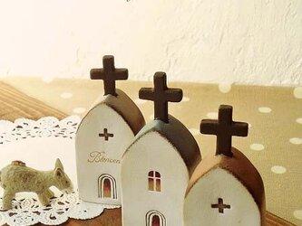 素焼きの教会の画像