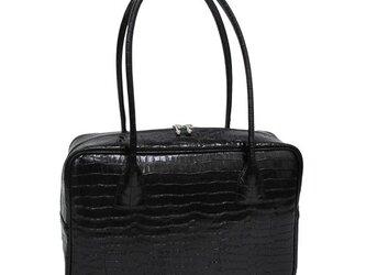 人気のスクエアボストン オール牛革 本革バッグ 軽量 クロコ型 ブラックの画像