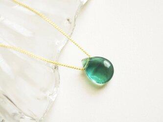 フローライトのネックレス 天然石 青緑色 少し大き目の画像