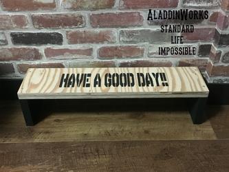 サイドテーブル(GOODDAY!!)の画像