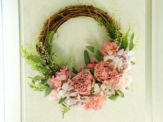 芍薬のspring wreath  の画像
