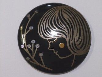 蒔絵姫鏡『女の子(銀)』の画像