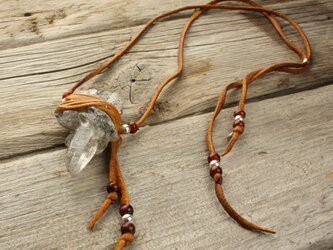 Himarayan Crystal Deer Skin Lace Necklaceの画像