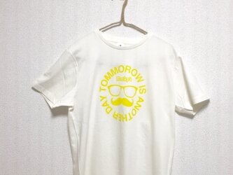 【ヒゲメガネ】Rocky's オリジナルTシャツ ライトイエローの画像