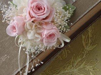 【受注製作】バラとかすみそうのコサージュ(ピンク)【プリザーブドフラワー】卒業式 入学式 結婚式の画像