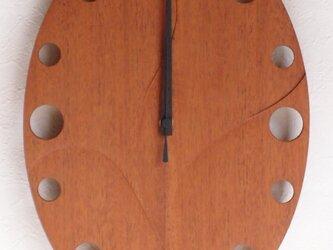 無垢の木の電波掛け時計 マホガニー 0006の画像