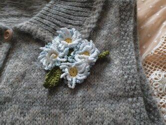 手編みブローチ♪マーガレットの画像