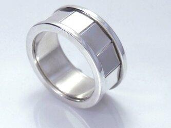 四角形のリングの画像