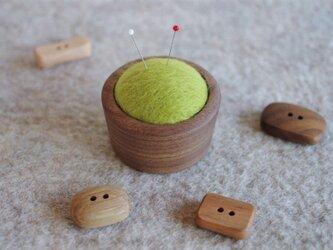 羊毛ピンクッション【針山】緑色の画像