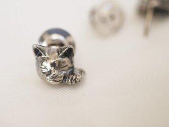 招き猫ピンブローチ(エリザベス)の画像