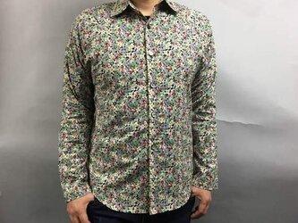 長袖花柄シャツの画像