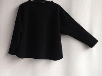 「再販・2」 ゆったりTブラウス・『うね織り綿ニット・黒』NO.1の画像