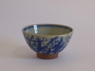 碗(呉州絵つる花紋)中の画像