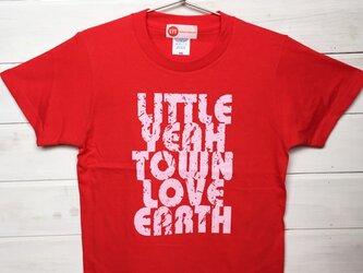 LOVE EARTH レッド Tシャツの画像