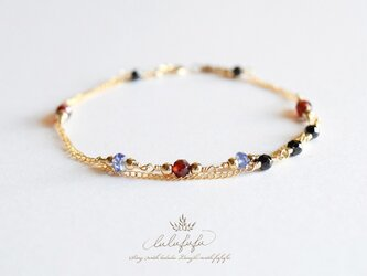 ゴシックカラー天然石のブレスレット~twinkle braceletの画像
