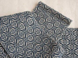 手織りの藍模様半幅帯の画像