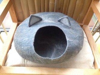 ネコ型キャットハウスの画像
