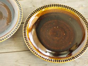 飴色の鎬皿(8寸)の画像
