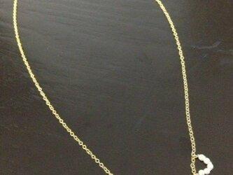 パールビーズのネックレスの画像