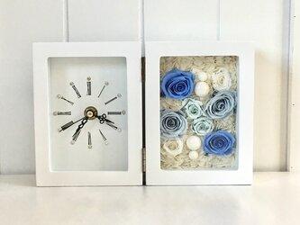ブルーローズの時計付きフレームアレンジメント *プリザーブドフラワー*結婚祝い*の画像