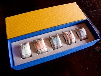 でんでんねこ★おにっ子(5匹ギフト)※専用箱(金茶×紺)入りの画像