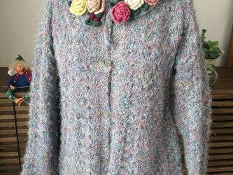 花の首飾りのフレアージャケットの画像