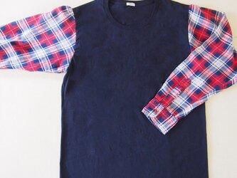 ネイビー×レッド ネルシャツリメイク Tシャツ メンズサイズの画像