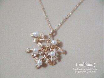 再販3 【HanTtam J】  tree of pearls necklaceの画像