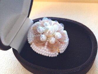 フルールブローチ ホワイト あこや真珠*淡水パールの画像