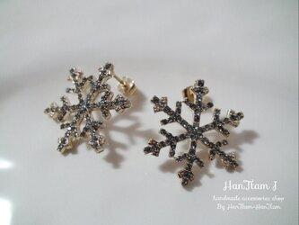 【HanTtam J】  big snowflakes ピアスの画像