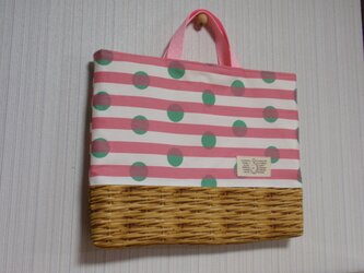 ピンクストライプ&バスケットのレッスンバッグ*の画像