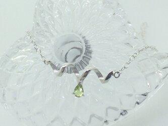 Teardrop peridot - silver-の画像